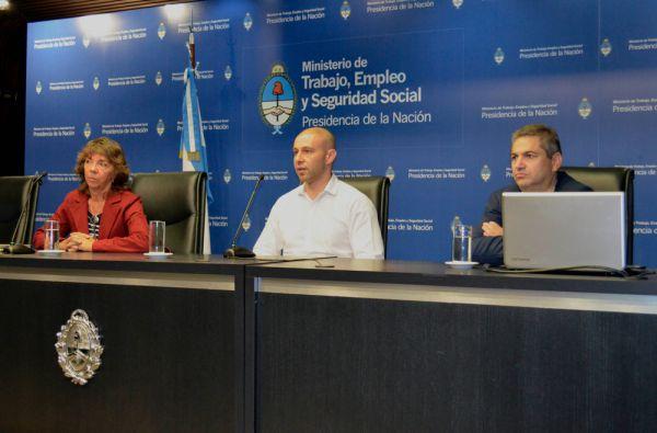 Federico Ludueña, Cecilia Delpech, y Guillermo Siro